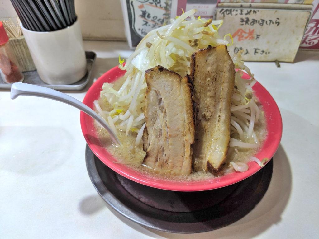豪快らーめん野菜バカ盛り(750円)