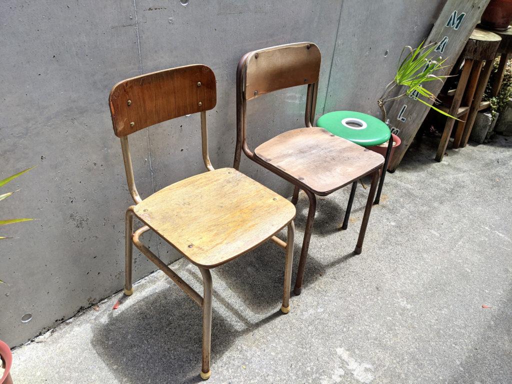 懐かしの学校椅子