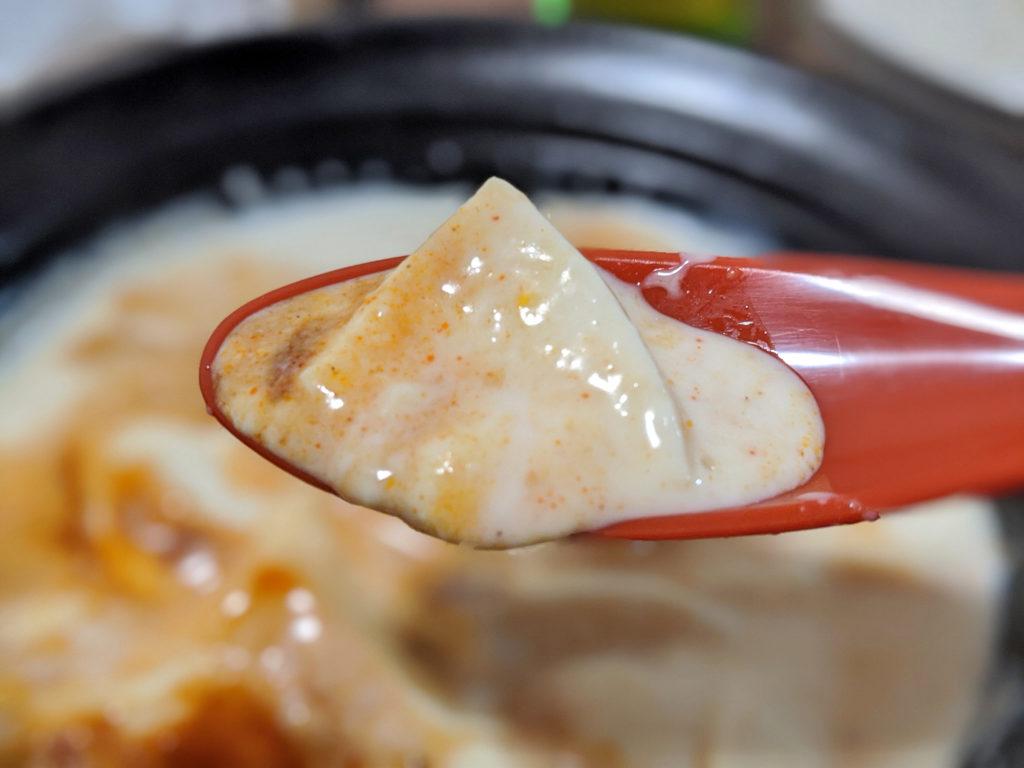 すくった豆腐