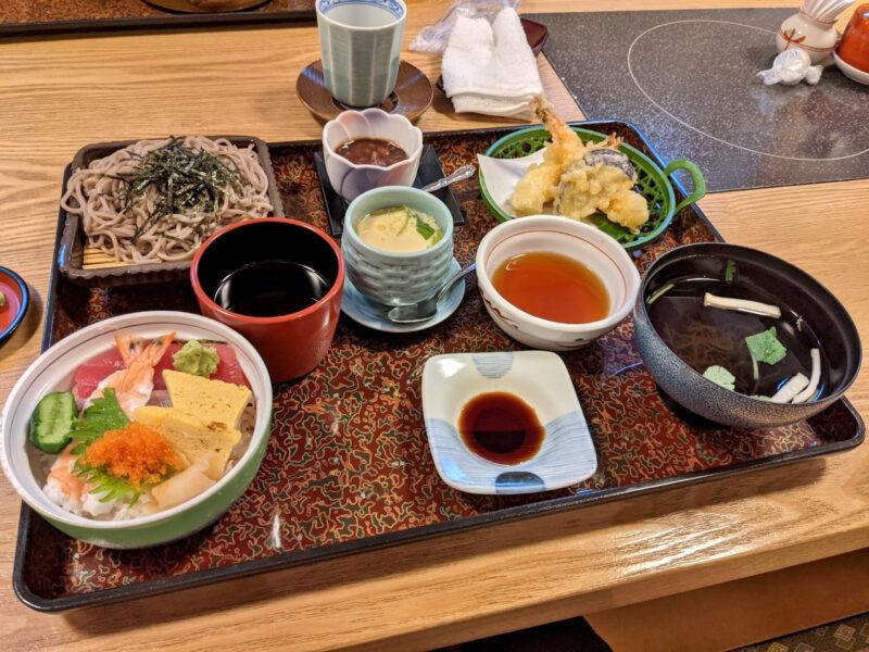 沖縄の定食を扱っているお店の紹介です。